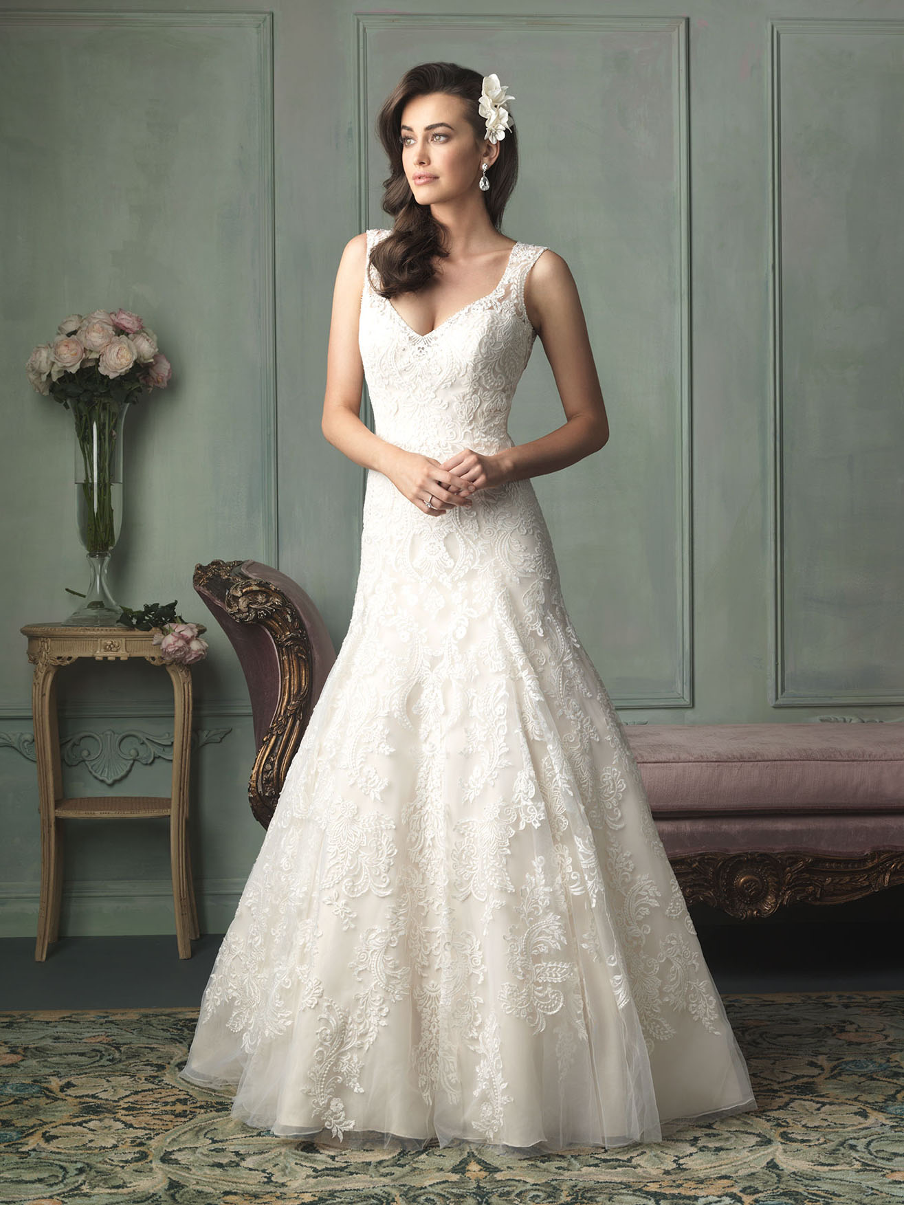 Style Lilly Rose Wedding Dress